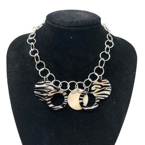 Macy's Animal Shell Necklace Black Silver New